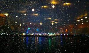 雨の夜のディナー